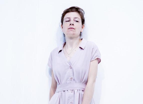 Julie-Vanves-1.jpg