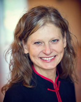 Karin E (2).jpg