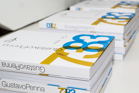 Livros_GustavoPenna7383.jpg