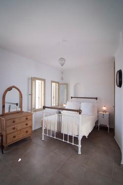 7. Double bedroom.jpg