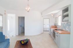 4.kitchen-sitting room.jpg