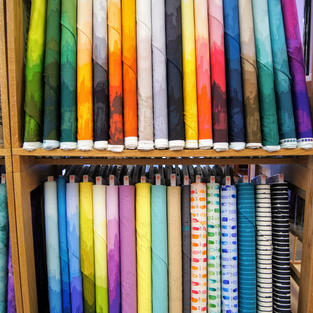 Andover Fabrics - Guicy Guice