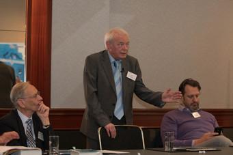 Rechtsanwalt Rolf Clement der Experte für EWIV