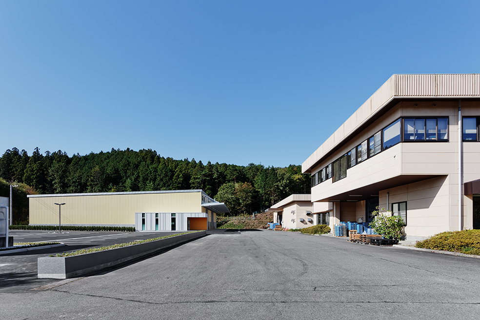 須藤製作所 精密加工プレス棟