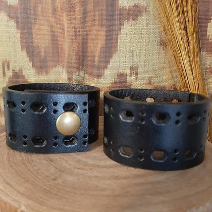BlackLeather Cuff