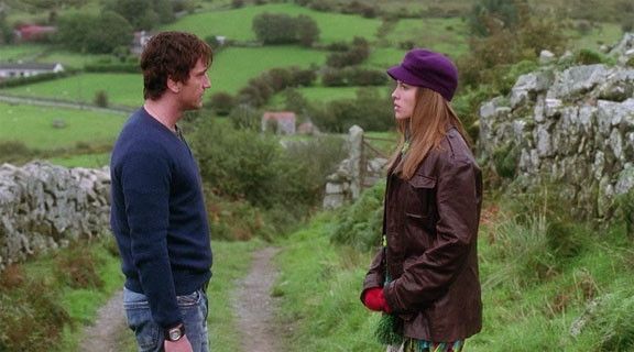 Gerard Butler and Hilary Swank in P.S. I Love You