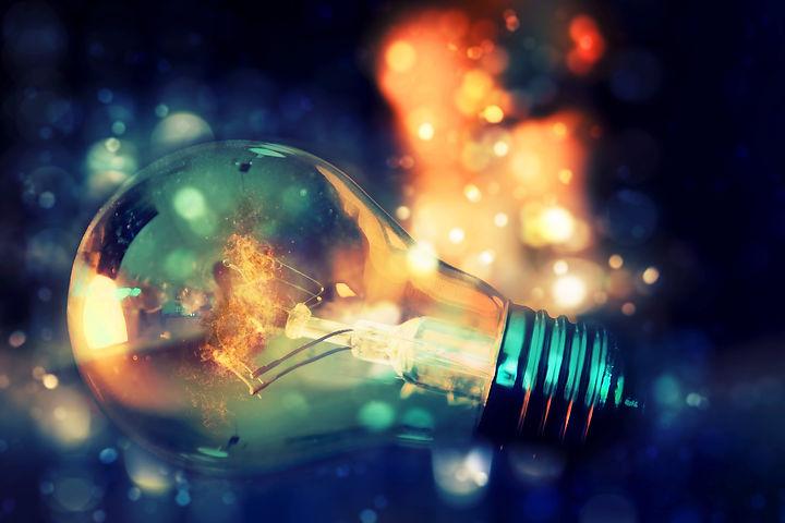 light-bulb-4793589_1920.jpg