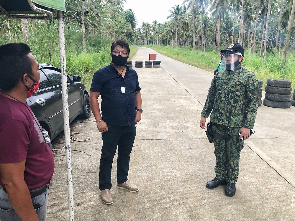 Pinangungunahan ni Kauswagan Mayor Rommel Arnado at PNP Chief of Police, Capt. Eric Logronio ang pangangasiwa ng checkpoints matapos umabot na sa 9 ang mga residenteng LSI ang nag positibo sa COVID-19.