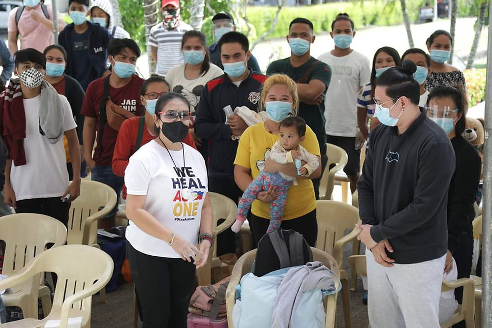 Locally stranded individuals (LSIs) were received by Lanao del Norte Governor Imelda Dimaporo under the Balik Lanorte Program in an arrival ceremony for the 118 returning residents from Metro Manila on Sunday, 12 July 2020. (Photo: PGLDN PIO)