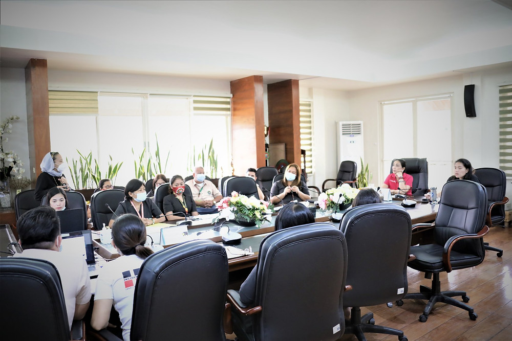 Lanao del Norte Gov. Imelda Q. Dimaporo receives updates from the provincial incident management team on current status of COVID-19 response. The governor ordered fast-track efforts in the construction of isolation facilities of the province. (Photo: PIO Lanao del Norte)