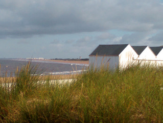 Une cabine de plage, un p'tit chez soi à la mer.