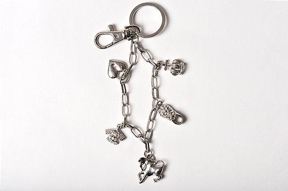 Schlüsselanhänger mit div. Anhängern