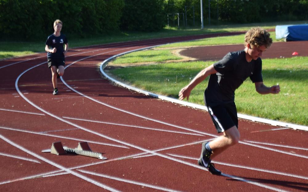 Frederik og Marius træner flittigt til DM for hold