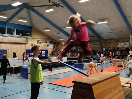 Nytårsfesten i Sæby fortsatte til Sjov Fredag