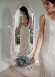 beautiful_bride_on_her_wedding_day_soswe