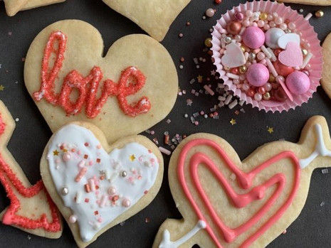 12 awesome (and safe) Valentine's Day dates that support Philly entrepreneurs