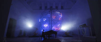 Audiovisual installation in memorium of Scriabin