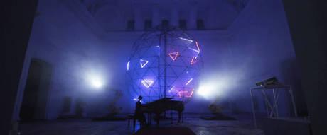 Audiovisual installation in memorium of Scriabin