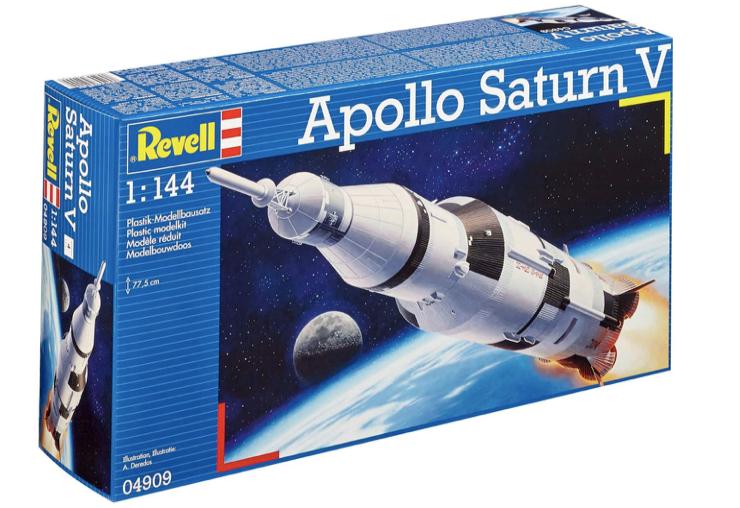 REVELL 04909 - Saturn V