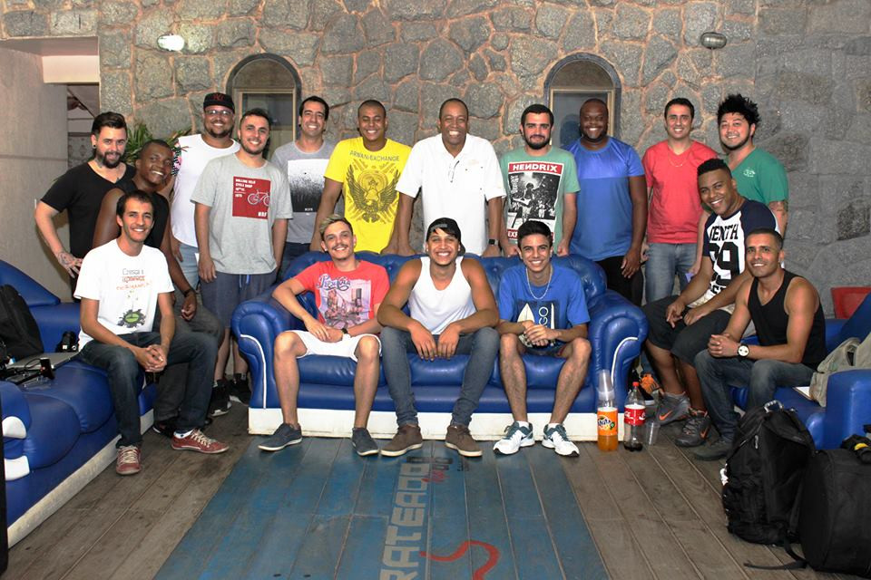 Equipe completa das gravações do grupo Safadiar