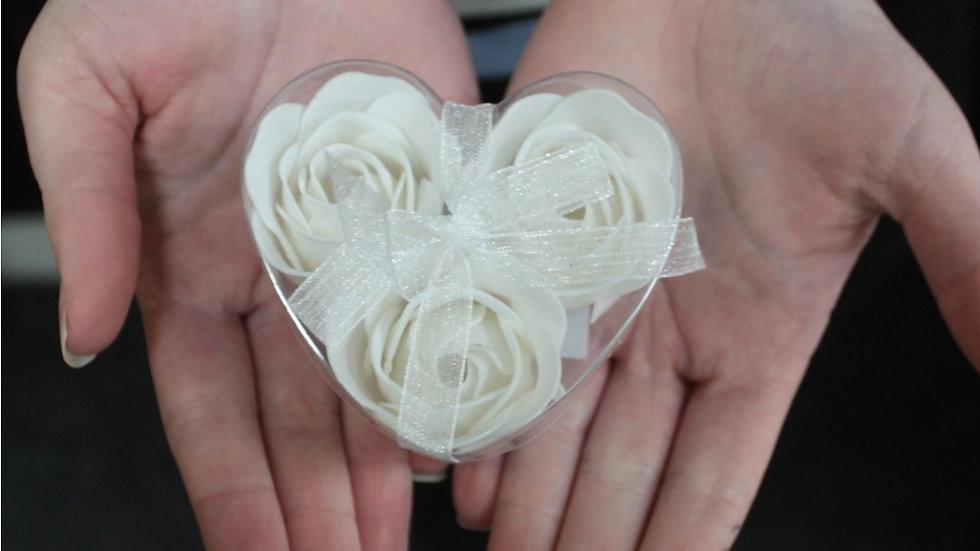Set of 3 soap flowers (wedding favours)