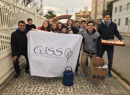 Jovens da Paróquia N. Sra. da Luz realizam ação social