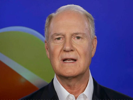 """Southwest CEO Comes Out in Opposition to Biden Mandate - """"We're not firing ANYONE!"""""""
