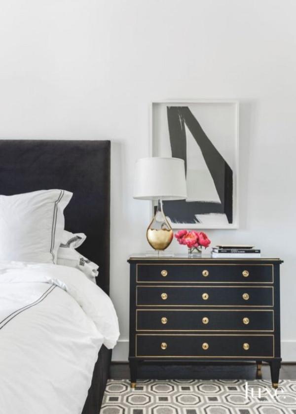HOUSTON - BIG, BEAUTIFUL, BLACK & WHITE DESIGN
