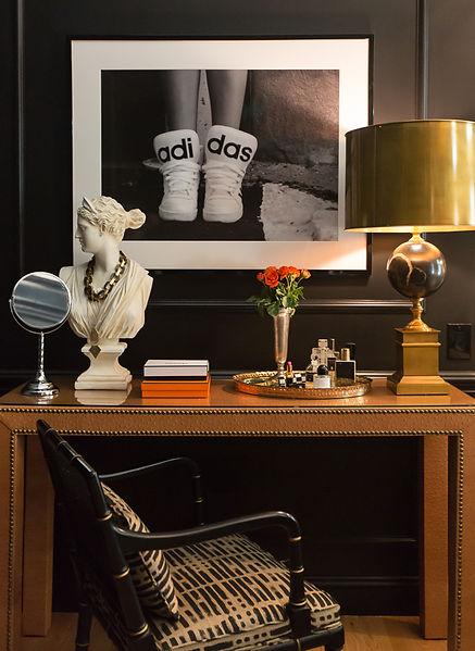 Richard Tomas Imaging / Atlanta Interior Designer / Atlanta Photographer / Graphic Designer / Logo Design