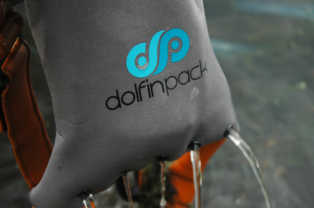 Dolfin-Pack-Water-drain