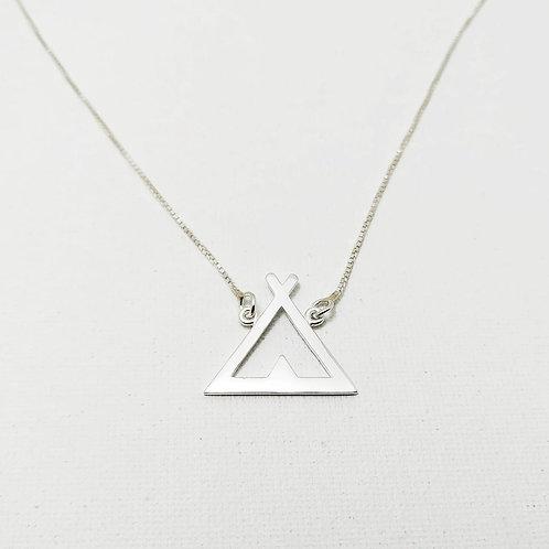 Corrente triângulo Tipi.