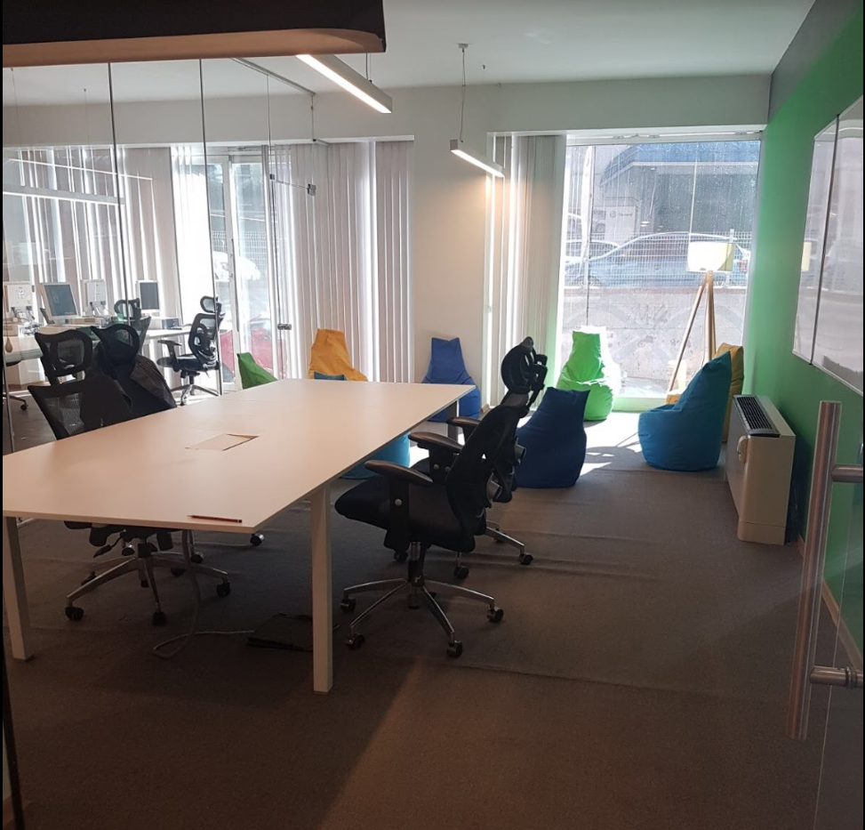 micro_meeting_room.PNG