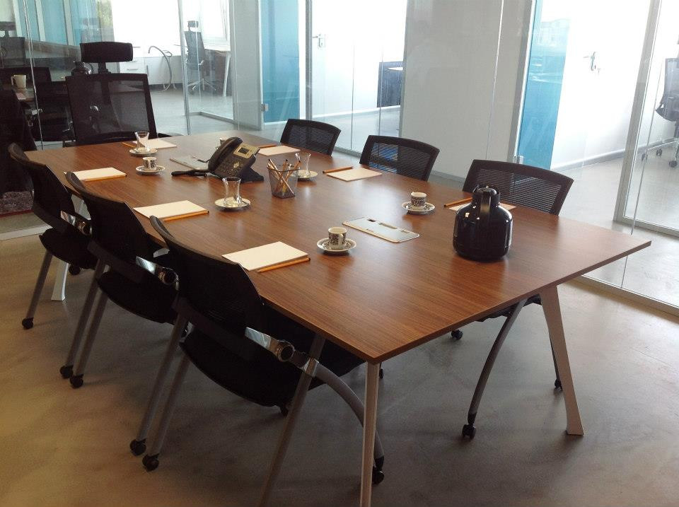Meeting Room - 1.jpg