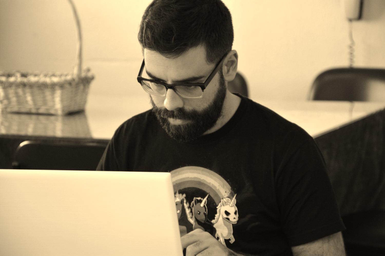 Dr. Daniel Márquez