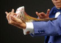 micro-magicien_card-3644538_640.jpg