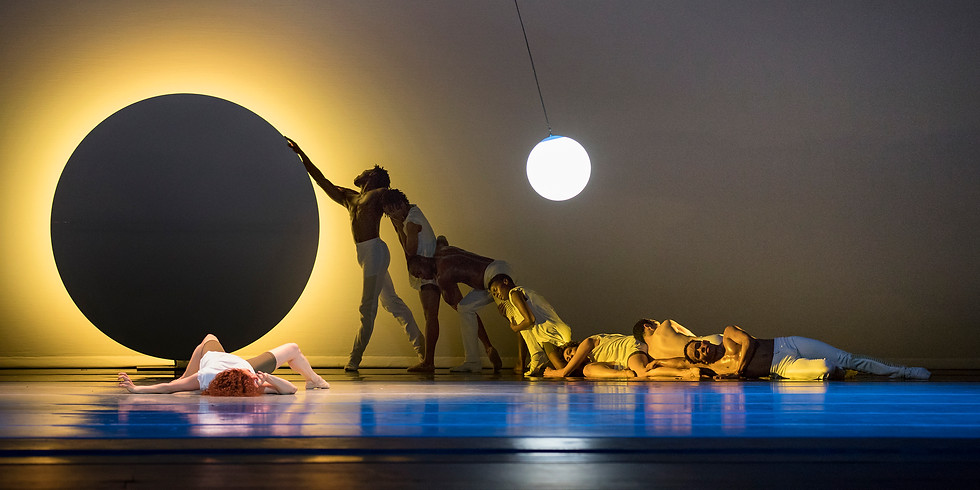 Alvin Ailey American Dance Theater performs EN