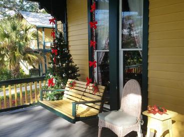 Lilian Place back porch swing