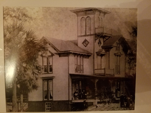1884 Lilian Place pic