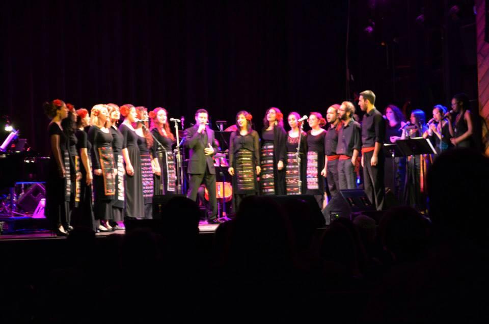 Balkan Choir live with M. Frangoulis