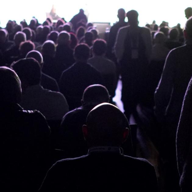 crowd1_edited.jpg