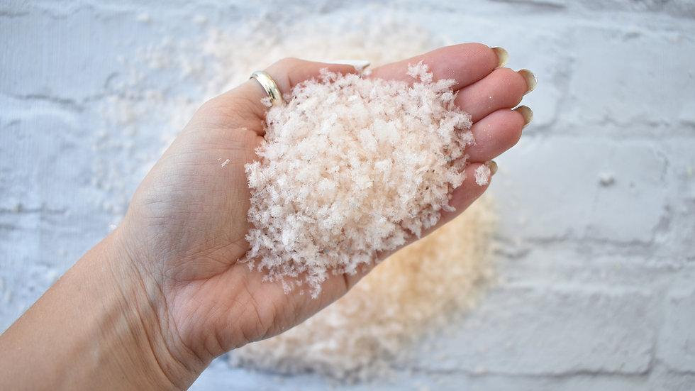 Ivory Ecofetti | Biodegradable Confetti | Wedding Confetti