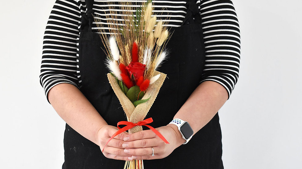 Red Rose Bouquet| Flowers for delivery in the UK | Preserved Flowers