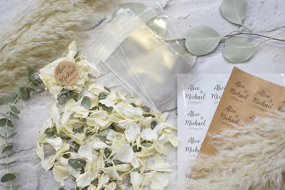 confetti packets wedding