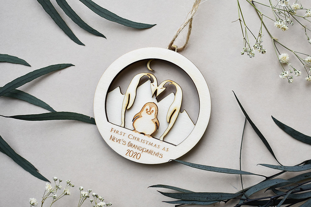 3 Penguins christmas bauble | Personalised bauble | Bauble