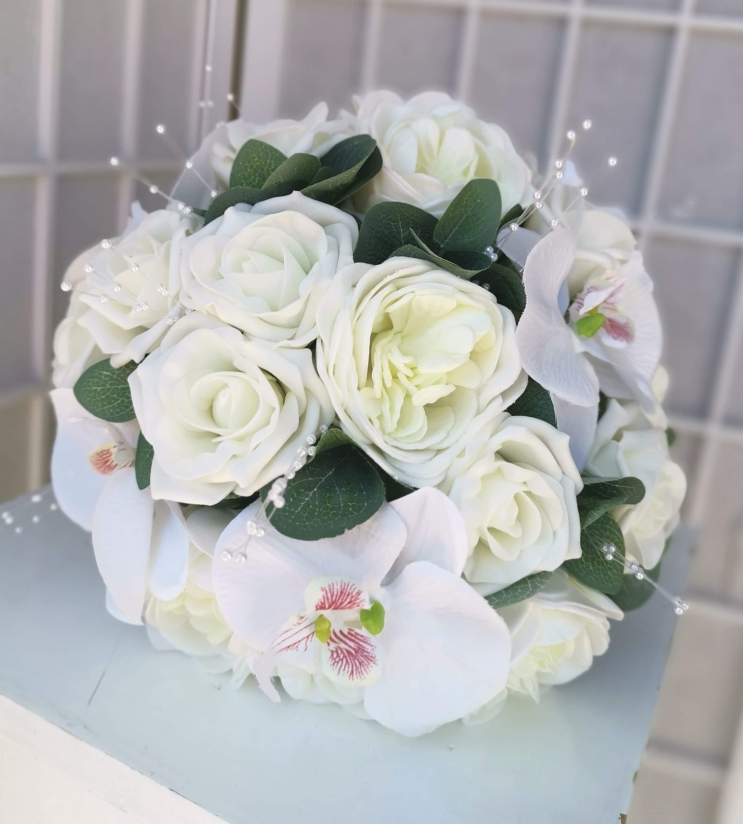 Ivory Wedding Flowers