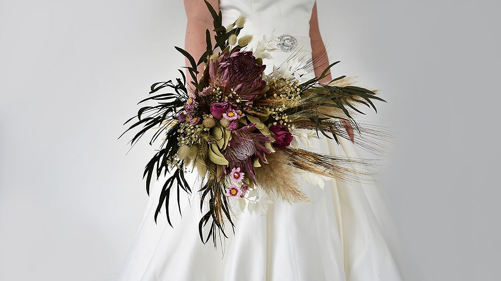 Urban Dried Flower Wedding Bouquet Proteus Pampus Grass