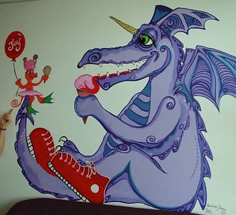 Leslie%20with%20her%20dragon%20painting_