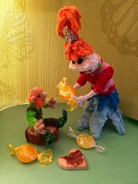 Pipe Cleaner Lolly Leprechaun r.jpg