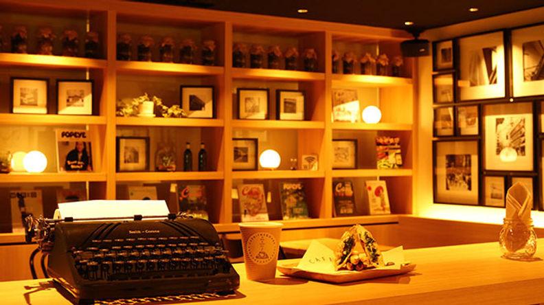 池袋東口 電源・wifi完備のおしゃれな隠れ家空間。カフェインスクエア cafe inaquare イベントや貸切も可能です。