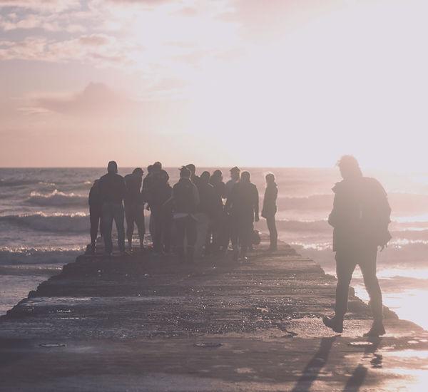 La gente en una cubierta